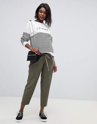 New Look Maternity tie waist pant in green