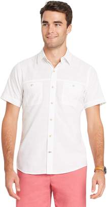 Izod Men's Classic-Fit Slubbed Chambray Woven Button-Down Shirt