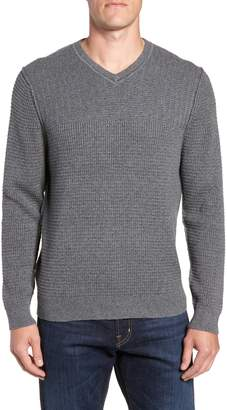 Tommy Bahama Isidro V-Neck Regular Fit Sweater