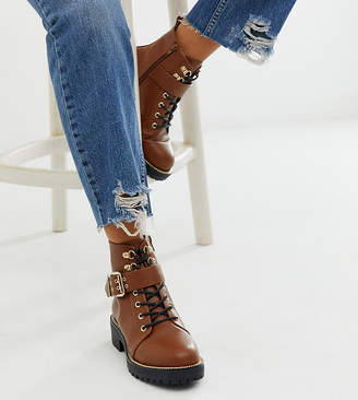 Asos Design DESIGN Wide Fit Armour chain lace up boots in tan