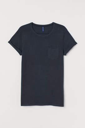 H&M T-shirt with Chest Pocket - Black