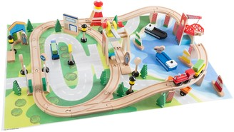 Hey Play Hey! Play! Wooden Train Set with Play Mat