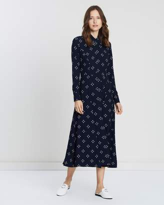 Pointed Collar Dress
