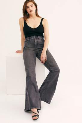 We The Free CRVY Robyn High-Rise Flare Jeans