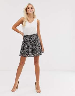 Vero Moda ditsy floral mini skirt