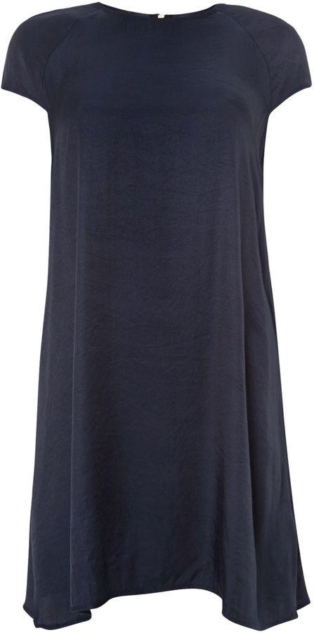 Glamorous Cap sleeved satin shift dress