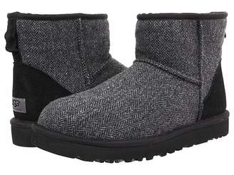 UGG Classic Mini Tweed Men's Pull-on Boots