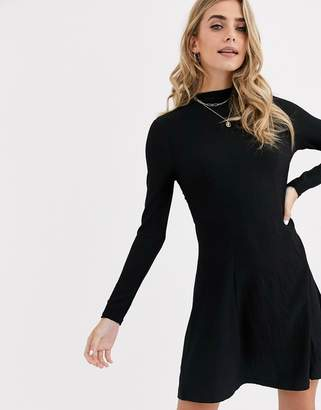 New Look long high neck crinkle dress in black