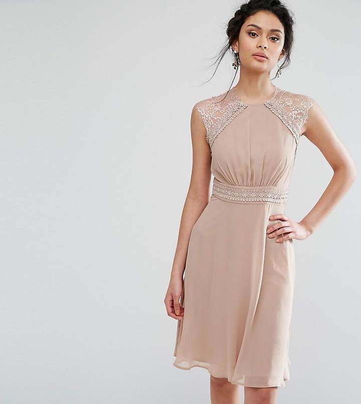 Elise Ryan Midi Dress With Crochet Lace Trim