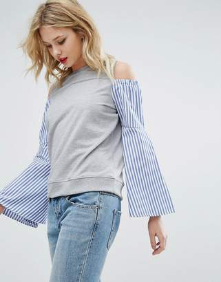 Asos Design Sweatshirt with Cold Shoulder and Fluted Shirt Sleeve