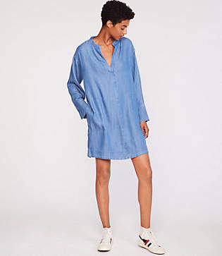 Lou & Grey Chambray Split Neck Pocket Dress