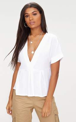 PrettyLittleThing White Cheesecloth Shortsleeve Plunge Blouse