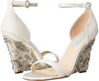 Blue by Betsey Johnson Alisa Women's Wedge Shoes