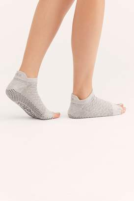 Toesox Scrunch Low-Rise Grip Sock