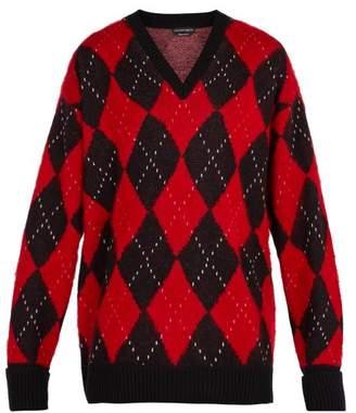 Alexander Mcqueen - Oversized Wool Blend Argyle Sweater - Mens - Black Red