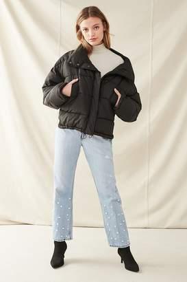 Urban Renewal Vintage Recycled Pearl Levi's Jean
