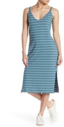 MelloDay Double V Texture Stripe Midi Dress
