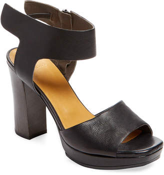 Coclico Fred Leather Sandal