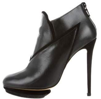 Nicholas Kirkwood Leather Round-Toe Boots Black Leather Round-Toe Boots