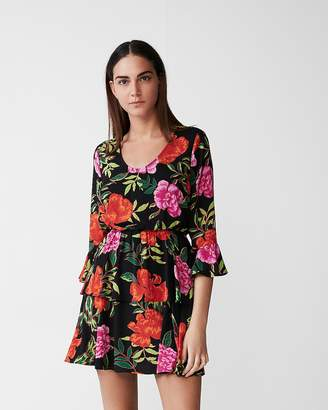 Express Petite Floral Tiered Fit And Flare Dress