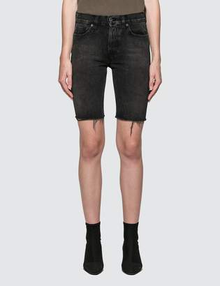 Yeezy Cut-off Long Short