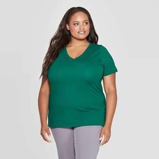 Ava & Viv Women's Plus Size Short Sleeve V-Neck Essential T-Shirt