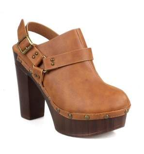 Nature Breeze Wood Effect Women's Platform Clogs in Tan