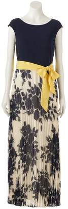 Jessica Howard Women's Pleated Floral Maxi Dress