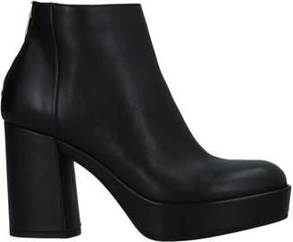 Janet & Janet Ankle boots - Item 11532725QT