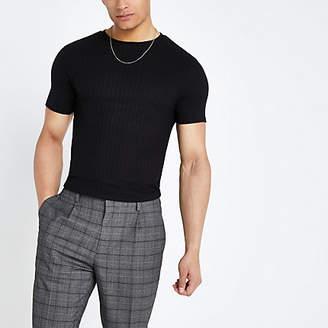 River Island Black ribbed curve hem muscle fit T-shirt