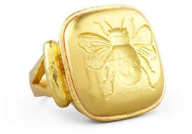Elizabeth Locke 19k Gold Bee Cushion Ring