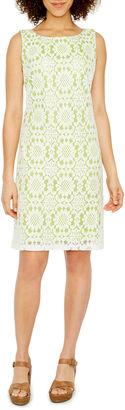 JESSICA HOWARD Jessica Howard Sleeveless Lace Shift Dress $72 thestylecure.com