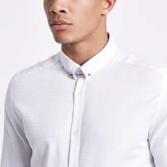 River Island Mens White jacquard metal bar collar shirt