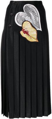 leaf appliqués pleated skirt