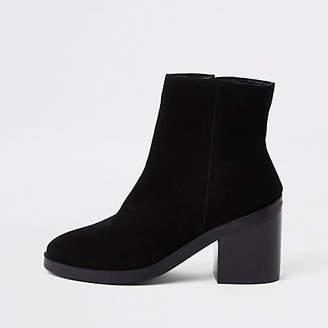 River Island Black suede block heel boots