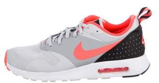 Nike Tavas Essential Sneakers