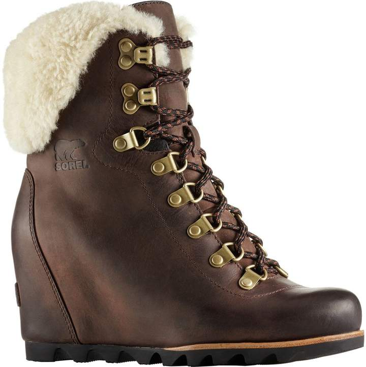 Sorel Conquest Wedge Shearling Boot - Women's