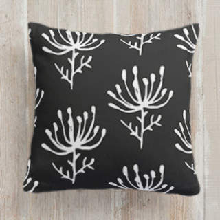 Pincushion Self-Launch Square Pillows