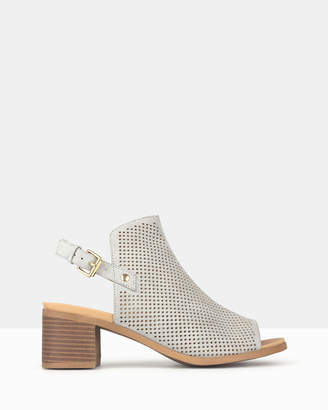 betts Reminder Block Heel Shoe Booties