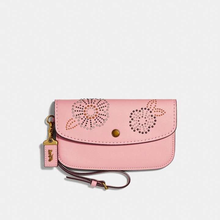 Coach New YorkCoach Clutch With Tea Rose Rivets - PEONY/BRASS - STYLE