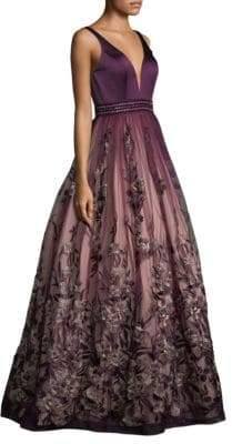 Basix II Black Label Sweetheart Floral-Embroidered Gown