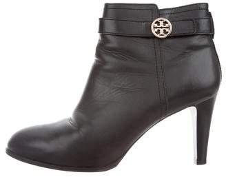 f48dd08aa Pre-Owned at TheRealReal · Tory Burch Leather Round-Toe Logo Boots