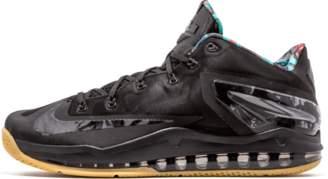 Nike Max Lebron 11 Low Black/Hyper Crimson