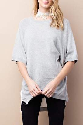 Easel Half Sleeve Top