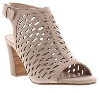 Unisa Parlo Cut-Out Booties