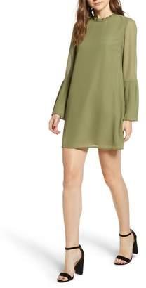 Cupcakes And Cashmere Malina Pleat Detail Shift Dress