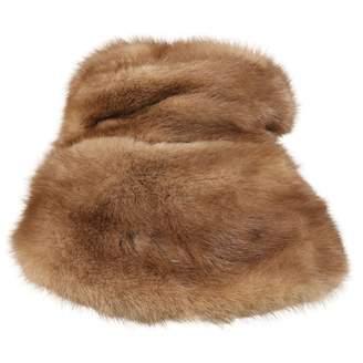 Non Signé / Unsigned Non Signe / Unsigned Brown Fur Hats