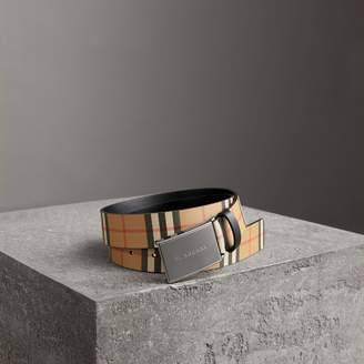 Burberry Plaque Buckle Vintage Check Leather Belt