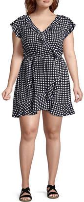 Arizona Short Sleeve Gingham Wrap Dress-Juniors Plus