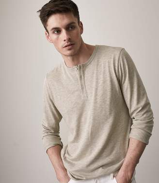 Reiss MAC LONG SLEEVED HENLEY TOP Oatmeal